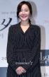 オム・ジウォン、女性映画人演技賞を受賞