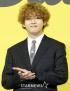BTS キム・テヒョン、ふくらはぎの筋肉痛を訴える