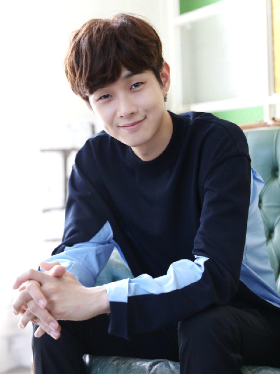 チェ・ウシク インタビュー | STAR INTERVIEW | 韓流大好き!